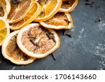 Dried Orange Slices With Cloves ...
