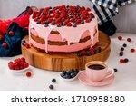 Cream Berry Cake With Raspberry ...