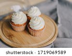 Cupcakes With Buttercream Stand ...