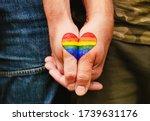 Rainbow Heart Drawing On Hands  ...