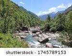 Beautiful Swiss Mountain Valley ...