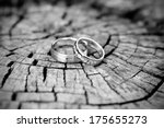 Silver Wedding Rings  Black And ...