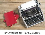 vintage typewriter and a blank...   Shutterstock . vector #176266898