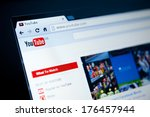 Постер, плакат: YouTube GB website home