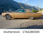 Vintage car ford thunderbird ...