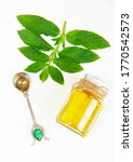 Yellow Aromatic Mint Oil In A...