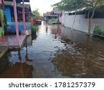 Water That Floods The House Du...