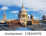 London   St Paul Cathedral  Uk