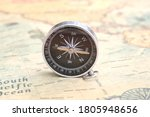 Classic Round Compass On...