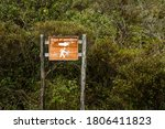 Hiking Trail Sign In Spanish....
