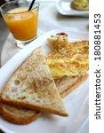 ham   cheese omelette   Shutterstock . vector #180881453