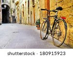 charming streets of old ... | Shutterstock . vector #180915923