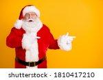 Photo Astonished Beard Santa...