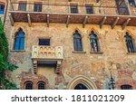 Casa Di Giulietta With Juliet...