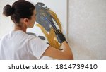 Professional Girl Artist In T...