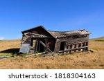 Old Dilapidated Abandoned  Farm ...