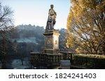 Princes Street Statue In Autumn ...