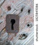 Old Wooden Barn Door With Rusty ...