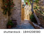 Traditional Architecture With ...