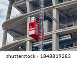 Construction Hoists For Workers ...