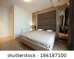 interior design  modern bedroom   Shutterstock . vector #186187100