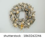Christmas Wreath Frosty White...