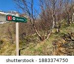 Munkebu  Hiking Sign      ...