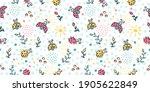 Cute Ladybug Seamless Pattern....