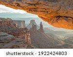 Mesa Arch  Canyonlands National ...