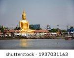 Golden Big Buddha Statue Of Wat ...