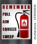 kaza,alarm,teneke kutu,dikkat,konteyner,acil,söndürmek,söndürücü,söndürme,itfaiyeci,yanma,köpük,tehlike,tehlikeli,yardım