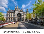 Antwerp Central Station In...