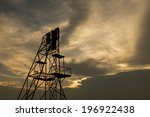 silhouette of the scaffolding...   Shutterstock . vector #196922438
