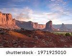 Monument Valley Sentinel Mesa...