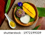 Thai Dessert Mango And Sweet...