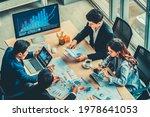 Business Visual Data Analyzing...