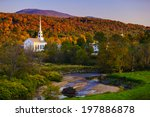 Постер, плакат: Fall Foliage and the