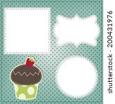 Retro Cupcake Layout  With...