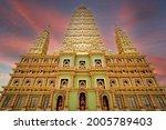 Wat Maha That Wichiramongkol Or ...