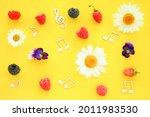 Summer background treble clef...