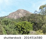 Pedra da Ana Chata is located within Complexo do Bau and through a trail it is possible to see this rock formation with approximately 1695 meters of altitude.