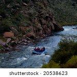 Rafting Through The Gorge