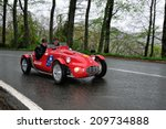 Постер, плакат: A red Fiat Gilco
