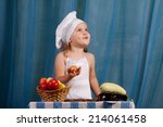 little cook prepares healthy...