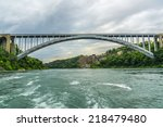 Rainbow bridge at niagara falls ...