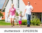 family of parents and child... | Shutterstock . vector #219220156