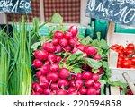garden radish and spring onions ...