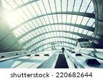 Canary Wharf Metro Station ...