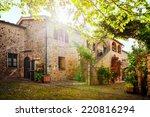 Traditional Italian Villa ...