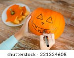 Holidays  Halloween  Decoratio...